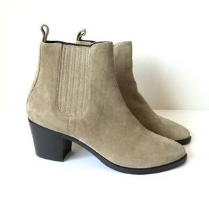 M. GEMI SUEDE GRAY TEREZZA  WOMENS BOOTIES…